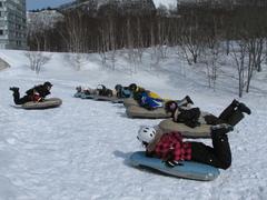 <span>国内エアーボードのパイオニア</span>カッパCLUBだからこそのみなかみ町周辺スキー場の特別滑走許可!!